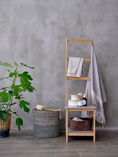 Here's how to make your home your haven with plants, a spa-inspired bathroom and the Japanese philosophy that champions a laidback aesthetic Scandi Home, Scandinavian Home, Ladder Chair, Ladder Decor, Le Style Zen, Spa Inspired Bathroom, Design3000, Shower Shelves, Style Deco
