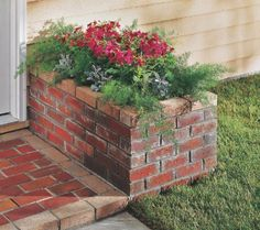 Brick is the masonry material of choice for elegant entry planters. It also complements a brick-paver landing. For a foundation for the planter, pour a slab that is separated from adjacent structur… Brick Edging, Brick Pavers, Brick Yard, Large Planters, Diy Planters, Planter Garden, Succulent Planters, Balcony Garden, Succulents Garden