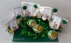 Happy St. Patrick's Day! Ich bin begeistert von Irland und seinen Einwohnern. Heute feiern die Iren ausgelassen. Und auch ich möchte den irischen Feiertag meinen Lieben mit einem Pot of gold näherbringen. :) http://www.backzauberin.de/happy-st-patricks-day/ #saintpatrick #stpatrick #stpatricksday #irish #irischernationalfeiertag #leprechaun #naturgeist #irischerkobold #grün #greenday #potofgold #rainbow #regenbogen #amendedesregenbogens #goldtopf #kleeblatt #gluecksbringer #goodluck