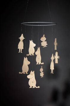 Moomin mobile by Showroom Finland. Mobiles, Les Moomins, Moomin Valley, Tove Jansson, Wishes For Baby, Fauna, Baby Decor, Toy Store, Plywood