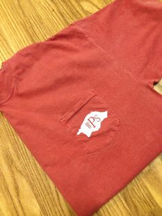 Comfort Colors Arkansas Razorback pocket by ShopSmashCakeCouture, $17.99