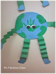 I have a quick post about our Earth Day Fun today. We made these adorable earth guys with our hand prints. Earth Day Activities, Spring Activities, Preschool Activities, Spring Crafts, Holiday Crafts, Toddler Crafts, Crafts For Kids, Earth Day Crafts, Green School