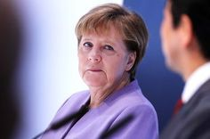 Merkel Says She Has a 'Preference' for Macron in French Election.(April 29th 2017)
