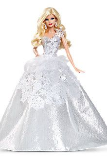 2013 New Collectors Edition Holiday Barbie. 2013 Holiday Barbie Doll has been commemorating the holidays with a unique look for 25 years. To celebrate the silver anniversary, Holiday Barbie shines in a silver-themed look with wintry accents Barbie Wedding Dress, Barbie Dress, Barbie Clothes, Girl Barbie, Barbie Gowns, Barbie House, Barbie 2013, Mattel Barbie, Barbie Vintage