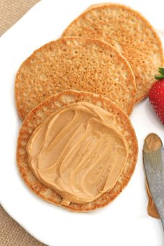 Start your day the right way with these fluffy, protein-packed Flourless Protein Pancakes that are easy to make and taste so great! Brunch Recipes, Baby Food Recipes, Breakfast Recipes, Dessert Recipes, Cooking Recipes, Nutritious Breakfast, Breakfast Bites, Breakfast Menu, Bread Recipes