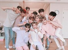As we're reaching the end of the year it's closer when Wanna One disbands it's so sad we'll miss you Daniel Jihoon Jisung Sungwoon Minhyun Seoungwoo Jaehwan Woojin Jinyoung Daehwi and Kuanlin💔 Jinyoung, K Pop, Day6, All Meme, Guan Lin, Shared Folder, Produce 101 Season 2, Ong Seongwoo, Thing 1