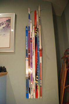 cool ski wall art.. great Christmas idea for a ski lover!