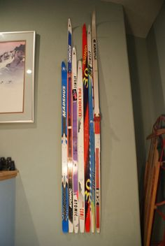 cool ski wall art.. great Christmas idea for a ski lover!