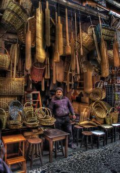 TURQUIE Tahtakale, Eminonu, Istanbul : Pas de boutiques chic de grands centres commerciaux, la clientèle à Eminönü est beaucoup plus traditionnelle