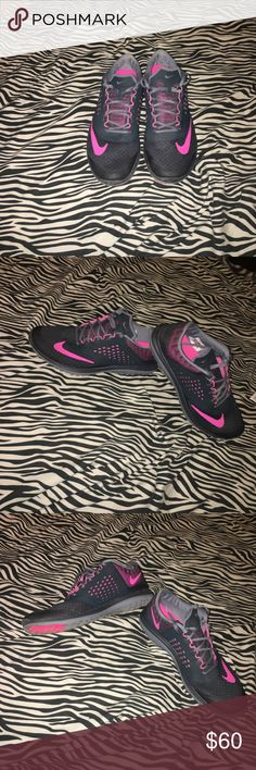 Women's Nike Shoes Great Condition!! Best Offer!! Nike Shoes Sneakers