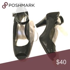 Karen Scott Black Pumps size 8 These are Karen Scott black peep-toe pumps in size 8 (US). Add a little glam to your wardrobe. Perfect for wedding season and will add a little pizazz to your outfit. The heel is 2 3/4 inches and it is very comfortable. Make me an offer!!!😉 👠👗 Karen Scott Shoes Heels
