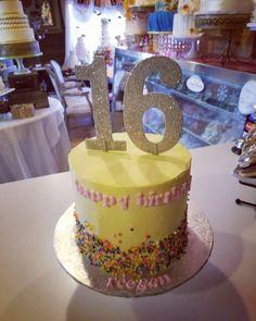 Sweet 16 mini confetti cake#carinaedolce www.carinaedolce.com www.facebook.com/carinaedolce Sweet 16, Confetti, Birthday Cake, Facebook, Mini, Desserts, Food, Birthday Cakes, Meal