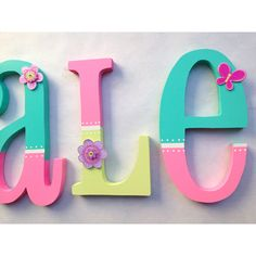 nursery decor letters / Letras de madera para decorar ! on.fb.me/1hoS0Sr Painting Wooden Letters, Painted Letters, Wood Letters, Diy Letters, Decorating Wooden Letters, Hand Painted, Wood Nursery, Nursery Letters, Art Wall Kids