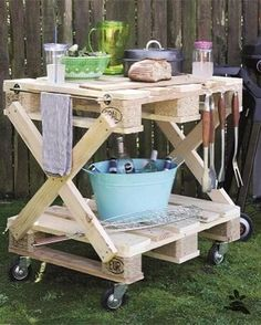 Diy Pallet Sofa, Wooden Pallet Projects, Pallet Furniture, Garden Furniture, Recycled Pallets, Wooden Pallets, 1001 Pallets, Recycled Materials, Garden Projects