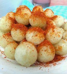 Kreasi Masakan Sederhana: CIMOL KERING KHAS JAKARTA Savory Snacks, Easy Snacks, Snack Recipes, Cooking Recipes, Indonesian Desserts, Indonesian Food, Indonesian Recipes, Taste Made, Traditional Cakes