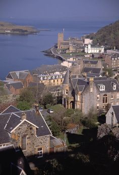 Birds-eye view of port town of Oban, Scotland