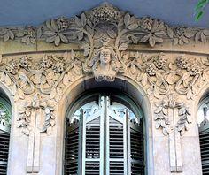 Barcelona - Pau Clarís 161 i 1 by Arnim Schulz, via Flickr