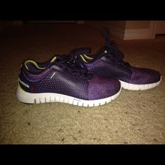 Reebok Running Shoe Reebok Womens running shoe! Barely worn! Purple and Blue. Very comfortable! Reebok Shoes Athletic Shoes