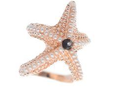 Hviezdica je vyzdobená bielymi kamienkami a pripomína reálnu morskú hviezdicu Octopus, Pearls, Jewelry, Jewlery, Jewerly, Beads, Schmuck, Jewels, Calamari