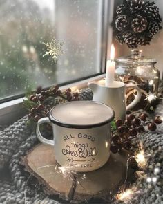 Christmas coffee for all' - Weihnachten Christmas Scenes, Christmas Art, Christmas Decorations, Table Decorations, Happy Birthday Video, Merry Christmas Wishes, Good Morning Coffee, Good Morning Flowers, Christmas Coffee