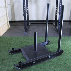 The Dog Sled by Strencor is the updated version of the classic Strencor Dog Sled. They've added a bolt on low bar attachment for pushing and pulling. Crossfit Equipment, Commercial Fitness Equipment, Crossfit Gym, No Equipment Workout, Sled Dog Harness, Sled Workout, Gym Interior, Dog Weight, Calisthenics