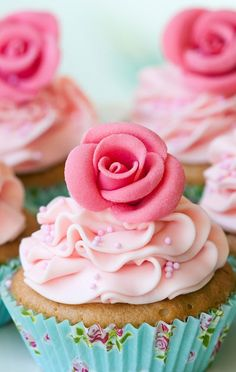 lovely cute and girly cupcake- pink rose on top