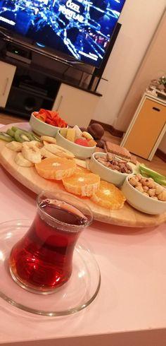 Snap Food, V Bts Wallpaper, Food Snapchat, Holiday Snacks, Night Snacks, Kinds Of Salad, Iftar, Eating Plans, Ramadan