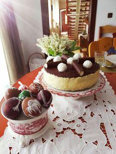 Húsvétra  túrótorta 🐥🍰 Kókuszkedvelőknél nagyon be fog válni Cake, Desserts, Food, Tailgate Desserts, Deserts, Kuchen, Essen, Postres, Meals