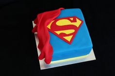 Superman badge and cape square cake Spiderman Cookies, Superhero Cookies, Superhero Cake, Superman Cakes, Superman Party, Superman Logo, Cakes For Men, Cakes And More, Cupcake Cookies