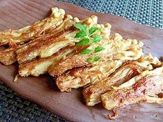 楽天が運営する楽天レシピ。ユーザーさんが投稿した「えのきのカリカリソテー☆生姜焼き」のレシピページです。えのきだけしかない時のお助けメニューおつまみに。えのき焼き しょうが焼き。えのき,醤油・酒,生姜の絞り汁,片栗粉,サラダ油,お好みでマヨネーズや一味(七味)唐辛子