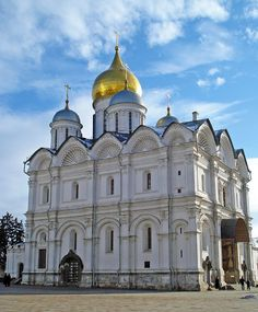 Moscow Kremlin - Photo Gallery and Information: Cathedral of the Archangel, Moscow Kremlin