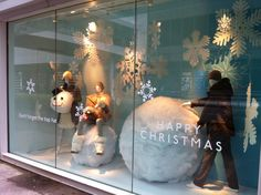 Winter/Christmas window display | Holt Renfrew Department Store - Vancouver BC