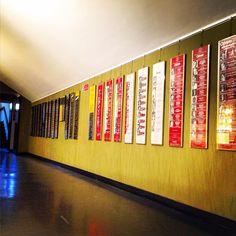 Nel foyer la storia del Teatro Carcano raccontata dalle locandine. #Teatro #Carcano #Milano