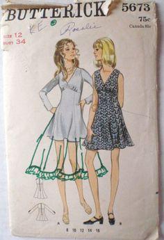 Women's Vintage Sewing Pattern  One Piece Flip by Shelleyville, $8.00