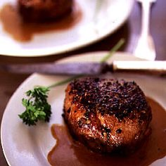 Steak au Poivre by Saveur. This dish is said to have originated in the century in the bistros of Normandy. Steak Au Poivre, Steak Recipes, Wine Recipes, Cooking Recipes, Saveur Recipes, Easy Recipes, Beef Dishes, Food Dishes, Main Dishes