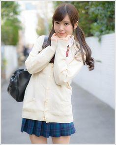 School Uniform Fashion, School Uniform Girls, Girls Uniforms, High School Girls, School Uniforms, School Girl Japan, Fashion Poses, Girl Fashion, Japanese School Uniform