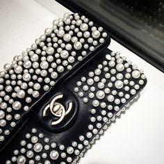 Chanel Handbag Women's Handbags Wallets - http://amzn.to/2huZdIM