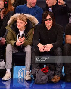 norman-reedus-and-mingus-reedus-attend-brooklyn-nets-vs-new-york-at-picture-id459873052 (815×1024)