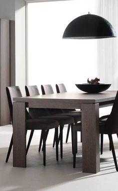 Table de salle à manger contemporaine LINDSEY, coloris chêne foncé carrée ou rectangulaire