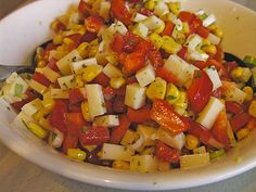Cheese salad with corn and paprika - Kochrezepte - Wurst Kiss The Cook, Cheese Salad, Ratatouille, Fruit Salad, Salad Recipes, Grilling, Low Carb, Food And Drink, Vegetables