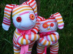 matching sock monster set by MandeeFranee, via Flickr
