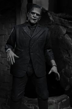 Frankenstein's Monster, Monsters, Sculpting, Action Figures, Scale, Black And White, Celebrities, Anniversary, Classic