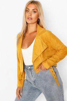 Padded Jacket, Faux Fur Jacket, Plus Size Inspiration, Style Inspiration, Plastic Raincoat, Kimono, Plus Size Coats, Fashion Face Mask, Blazer