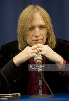 Tom Petty addresses the media during a press conference at the Stephen J. O'Connell Center on September 21, 2006 in Gainesville, Florida. The Gainesville Mayor Pegeen Hanrahan proclaimed September 21 to be 'Tom Petty & the Heartbreakers Day' and the band will perform in their hometown tonight.