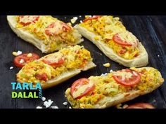 Stuffed Corn and Paneer Footlong, is an irresistible snack (or meal!) of fresh footlong bread, crisped to perfection and stuffed with a combination of delici. Corn Sandwich, Paneer Sandwich, Sandwich Recipes, Tomato And Cheese, Paneer Recipes, Hot Soup, New Menu, Hawaiian Pizza, Sandwiches