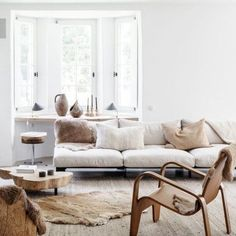 5 simple steps to update your living room furniture and decor to refresh your room.