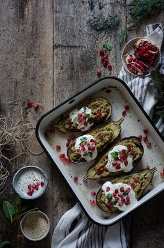 Roasted aubergines stuffed with quinoa Dairy Free Recipes, Great Recipes, Vegetarian Recipes, Healthy Recipes, Quinoa, Sin Gluten, Main Meals, Relleno, I Love Food