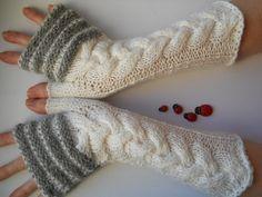 HAND KNITTED GLOVES / Women Accessories Fingerless by DinFir