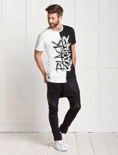 Avelvet tshirt & Atesio pants Black Kaviar Boys Shirts, Tee Shirts, Creative T Shirt Design, Latin Men, Distressed Tee, Stylish Boys, Camisa Polo, Tee Shirt Designs, Raglan Tee
