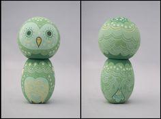 Beautiful kokeshi from an exhibit in San Diego.  LOVE the owl kokeshi!